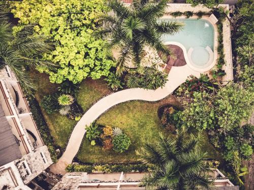 Een luchtfoto van Hotel Aires Bacalar