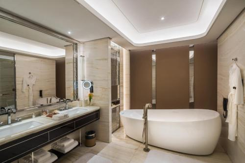 A bathroom at Narcissus 88 Boutique Hotel Jeddah