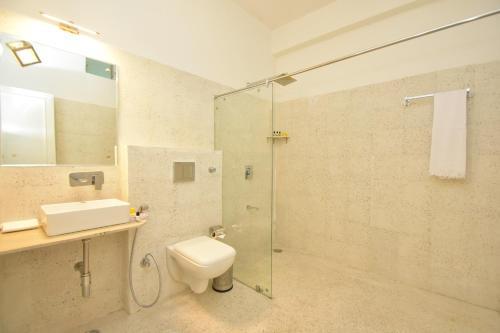 A bathroom at Nakshatra -A Boutique Hotel