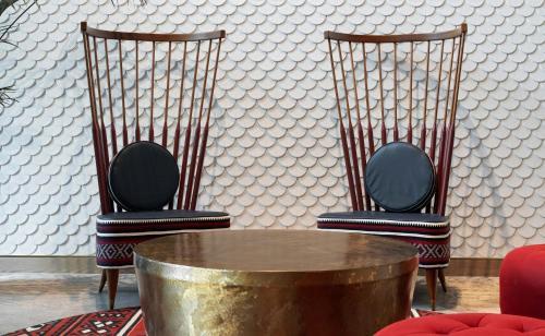 A seating area at Hotel Indigo Dubai Downtown, an IHG Hotel