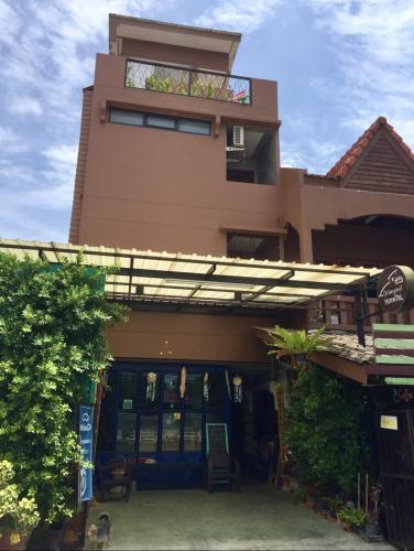 Chiangmai HomeTeL