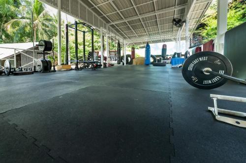Das Fitnesscenter und/oder die Fitnesseinrichtungen in der Unterkunft Shiralea Island Resort