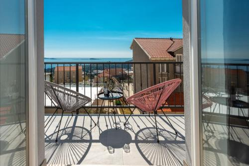 A balcony or terrace at Sunhill Apartments