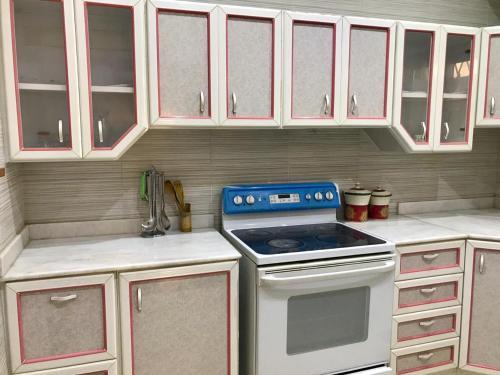 A cozinha ou cozinha compacta de شقة مستقلة في فيلا سكنية