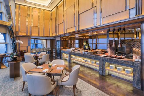 A restaurant or other place to eat at Grand Hyatt Shanghai
