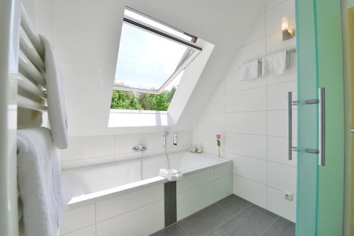 A bathroom at Hotel Sonnenhof