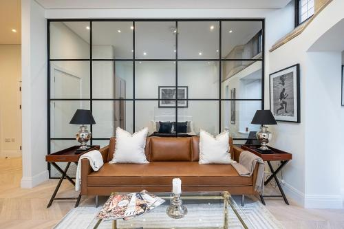 A seating area at Romantic luxury apartment in converted church, North London