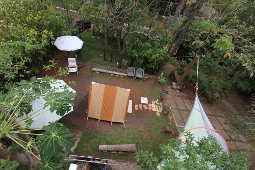 Uma vista aérea de Chácara Andó Bed And Breakfast