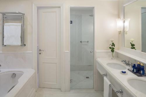 Salle de bains dans l'établissement Cipriani, A Belmond Hotel, Venice