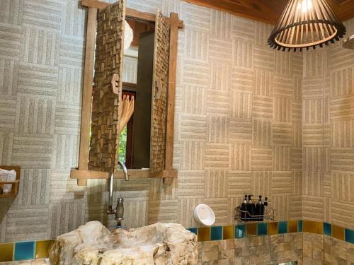 A bathroom at Viking Nature Resort