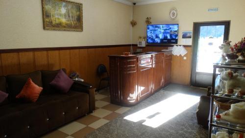 Телевизор и/или развлекательный центр в Терскол Седьмой Регион Приэльбрусье