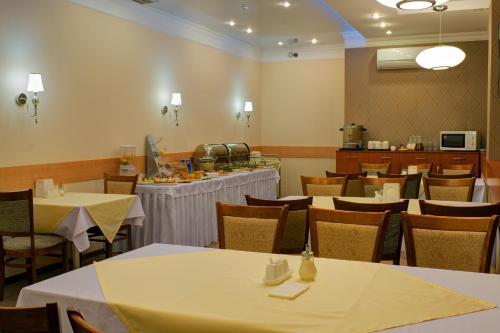 Ресторан / где поесть в Гостиница Торгай