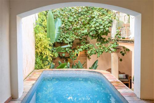 Piscine de l'établissement Maison Magdeleine A haven in the heart of Saint-Tropez ou située à proximité