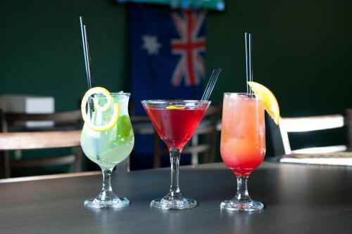 Drinks at Dooley's Tavern & Motel Springsure