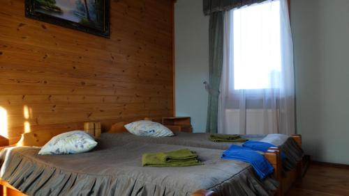 Кровать или кровати в номере Smerekova Hata