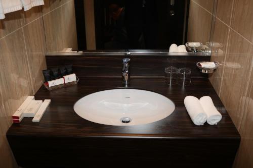 Um banheiro em M Hotel Makkah by Millennium