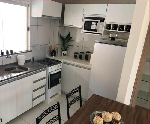 A kitchen or kitchenette at Casa Sao Gonçalo do Amarante