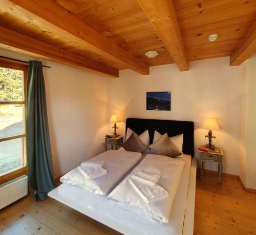 A bed or beds in a room at Levett