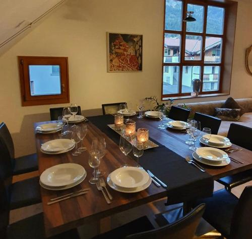 A restaurant or other place to eat at Levett