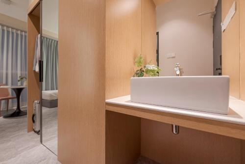 A bathroom at Harper Suite at Sutera Avenue