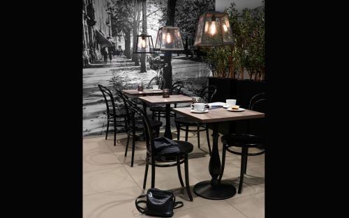 Ein Restaurant oder anderes Speiselokal in der Unterkunft Saga Hotel Oslo; BW Premier Collection