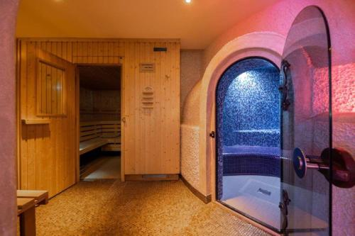 Spa and/or other wellness facilities at Kronenhotel
