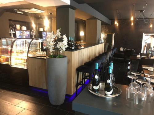The lounge or bar area at Pension Burkhardt