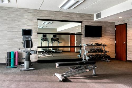 Fitness center at/o fitness facilities sa Courtyard by Marriott Poughkeepsie