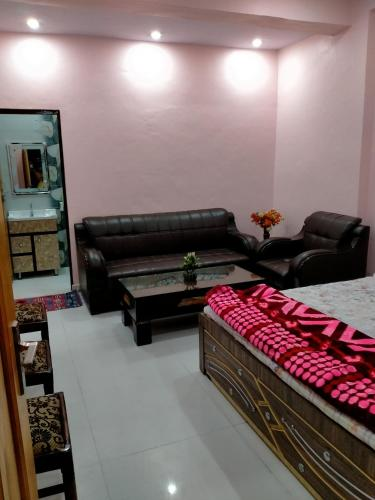 A seating area at RANA PG & guest house