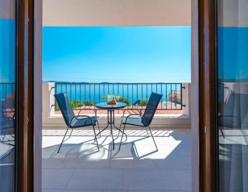 A balcony or terrace at Apartments Villa Made 4U