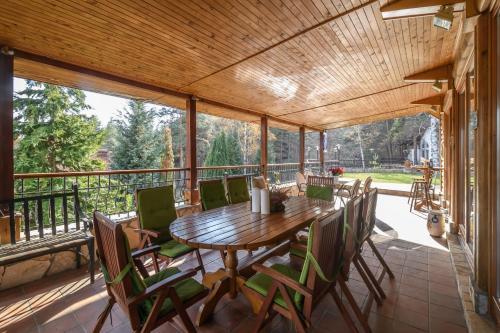 Villa Anna Luxury Lake Residence