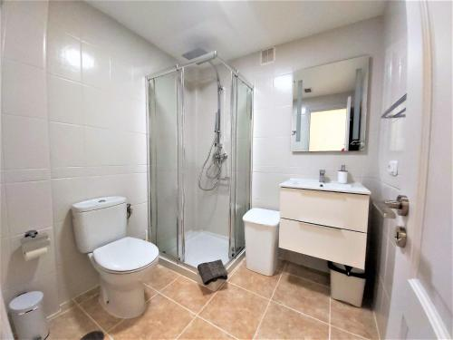 A bathroom at Apartamentos Sarah