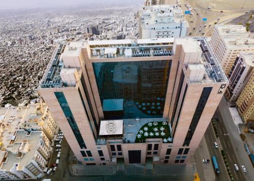 Uma vista aérea de M Hotel Makkah by Millennium