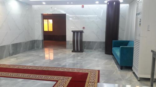 Um banheiro em Arees Al Sharq Furnished Unites