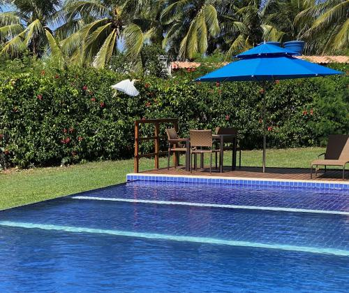 A piscina localizada em Pousada Lua Bela ou nos arredores
