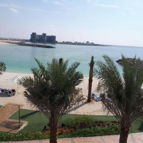 2 Bedroom Deluxe Beach Apartment Al Marjan