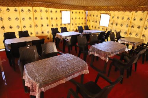 A restaurant or other place to eat at Resort Travel Jaisalmer