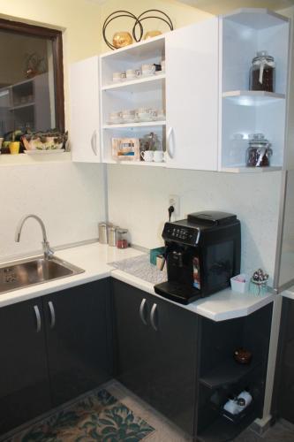 Кухня или кухненски бокс в M-stone
