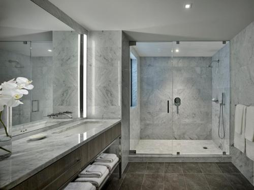 A bathroom at AKA Times Square