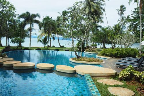 Der Swimmingpool an oder in der Nähe von Koh Mak Resort