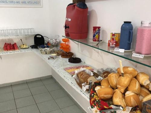 A kitchen or kitchenette at Pousada d'Ibiza