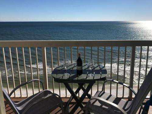 A balcony or terrace at Beach Front 16th Flr, Best Ocean View, New Upgrades