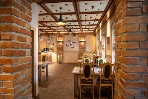"""Restoranas ar kita vieta pavalgyti apgyvendinimo įstaigoje Ašmonienės svečių namai """"Senoji mokyklėlė"""""""