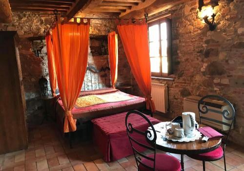 A bed or beds in a room at B&B Villa Corte Degli Dei