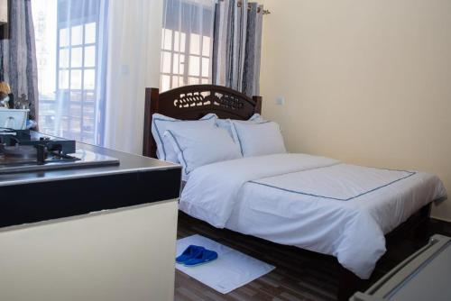 Faustina suites Classy Serviced Apartment in Fedha Estate 3km From JKIA Airport 30 USD a night