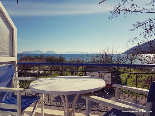 A balcony or terrace at Nefeli
