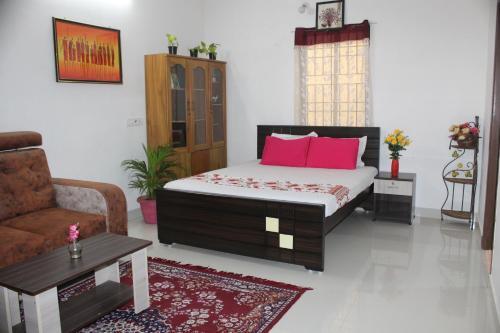 Friendlystay - Home Stay in Porur, Airport Pick Up, Breakfast, Longstay