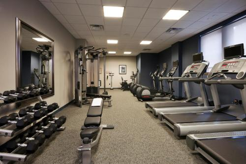 The fitness center and/or fitness facilities at Residence Inn by Marriott Cincinnati Downtown/The Phelps