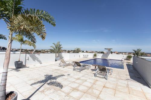 A piscina localizada em Pontal Plaza Hotel ou nos arredores