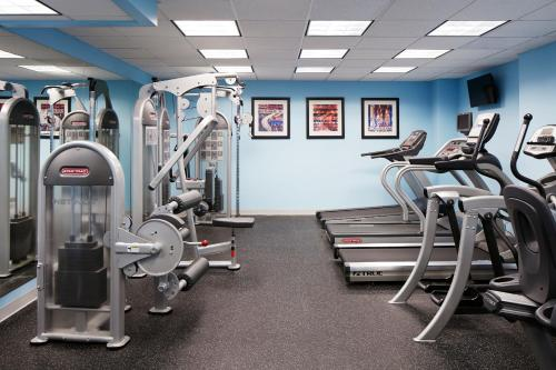 The fitness center and/or fitness facilities at Club Quarters Hotel, Wacker at Michigan